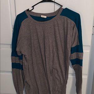 2/23$ PINK long sleeve shirt